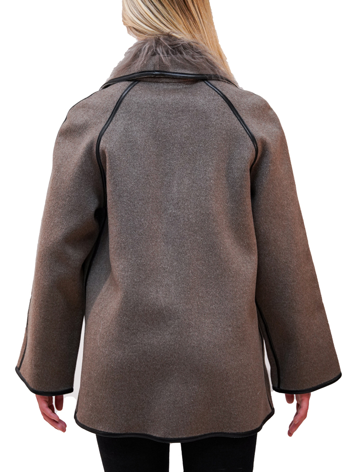 Short cashmere coat with scarf trimmed with Mongolia